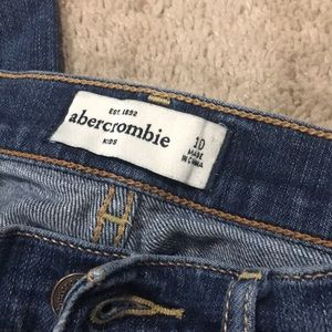 abercrombie kids Bottoms - Girls size 10 a&f jeans